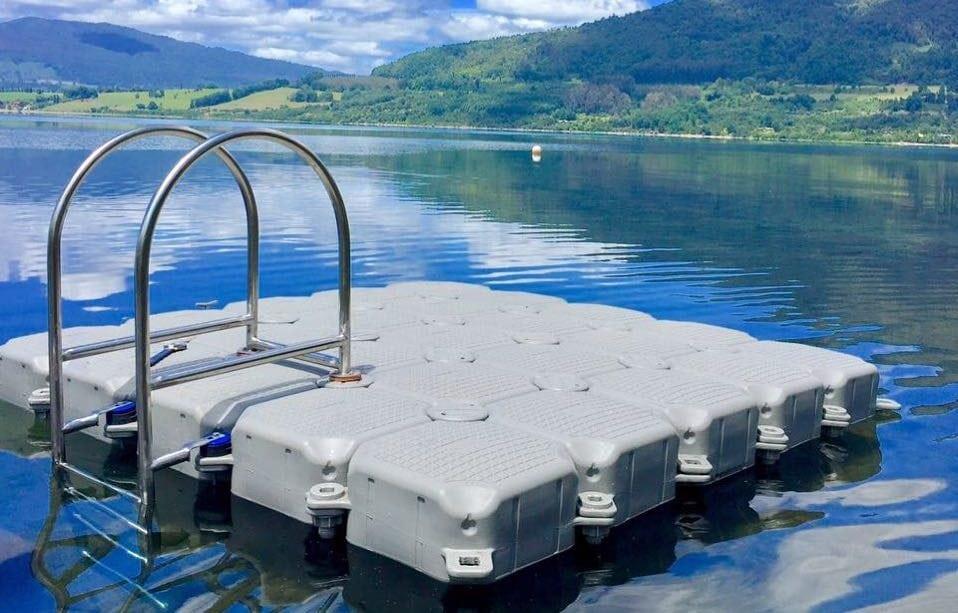 Raft 2.5m x 2.5m + Ladder